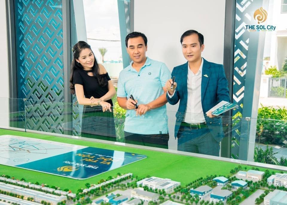 Quyen Linh mua du an The Sol City 3